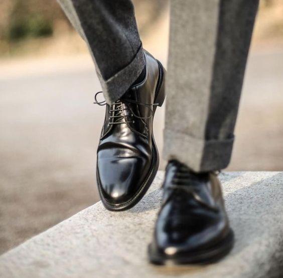 Suit kết hợp với giày tây - Gợi ý tuyệt vời cho nam doanh nhân