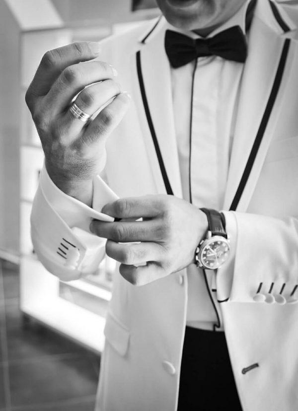sai lầm khi mặc suit mà nam giới thường mắc phải