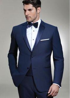 Mẫu áo vest cưới kết hợp viền màu tinh tế, nổi bật